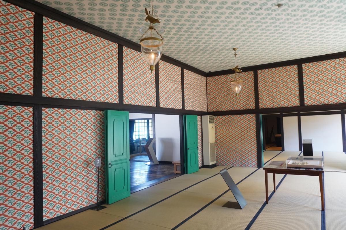 capitan's room